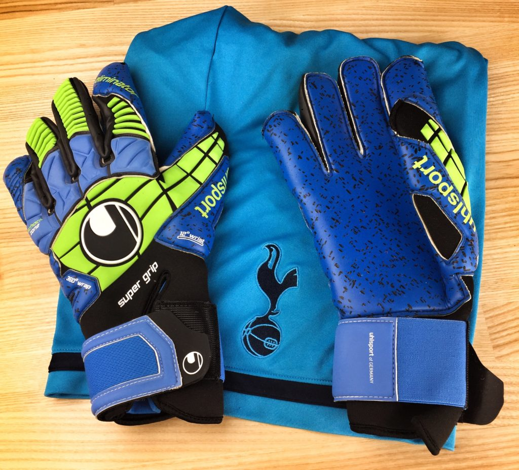 a31e7b30f While a great pair of goalie gloves isn't the only thing that makes Hugo  Lloris such a formidable present in goal, it's certainly doesn't hurt.